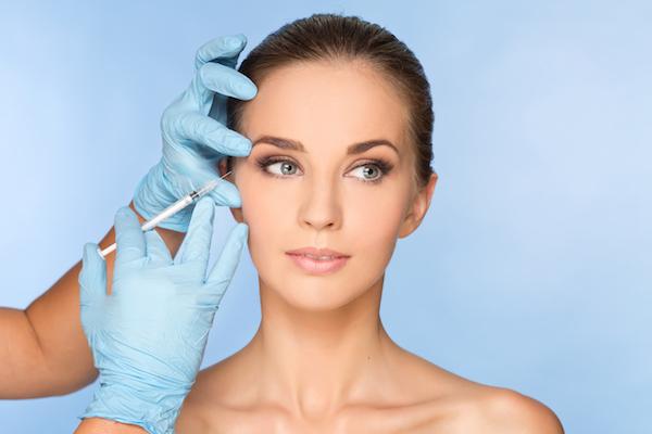woman getting botox in los angeles